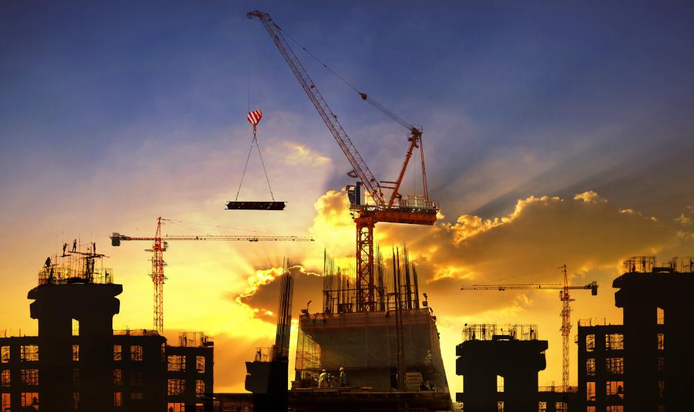 wnoszenie wysokich budowli